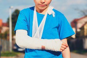 Er du eller dit barn kommet til skade - få undersøgt muligheden for erstatning